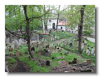 Old Jewish Cemetery from the apartment building stairwell