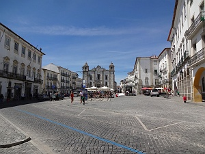 Evora main square Praca do Giraldo
