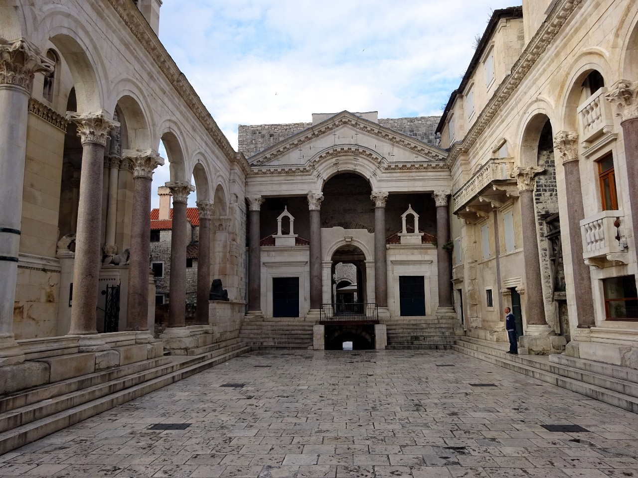 Diocletians peristyle