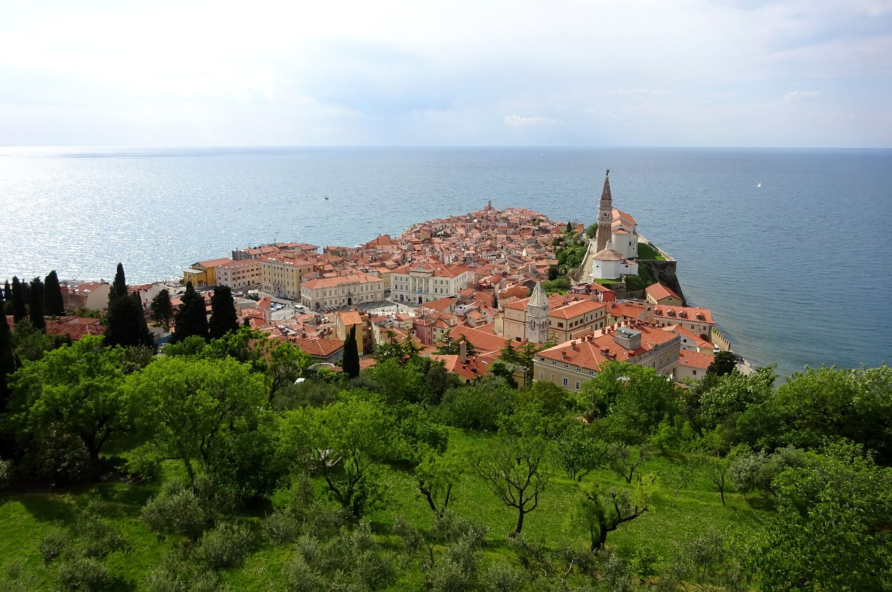 Piran from the walls