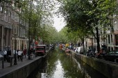 Photos: Canals, Shops and Art in Amsterdam in 2001